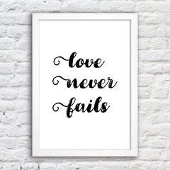 Poster Love Never Fails - comprar online