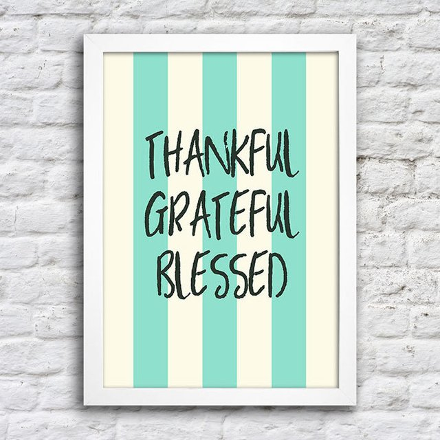 Poster Thankful Grateful Blessed na internet