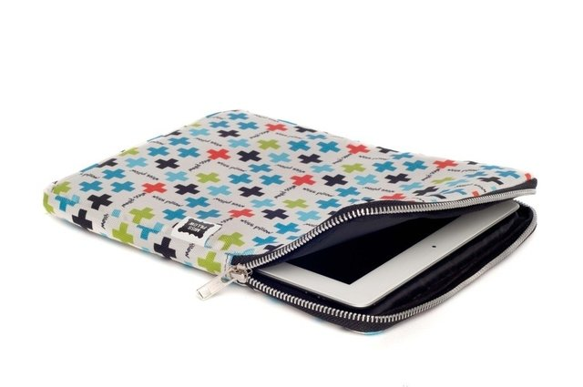 Funda Tablet - Con Cierre - Plus en internet