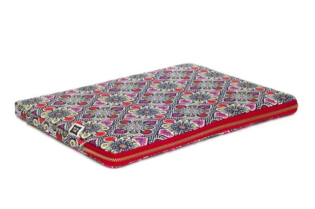 Funda Notebook - Mosaico en Flor - Miss Pillow