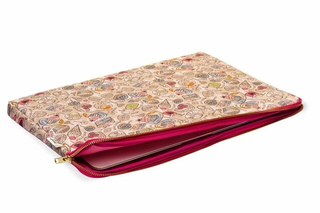 Funda Notebook - Dulces - Miss Pillow - comprar online