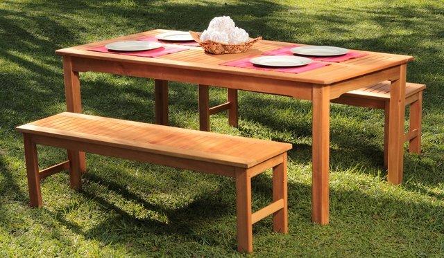 Mesa de madera 180x95 2 bancos ecomadera para exteriores for Bancos exteriores jardin