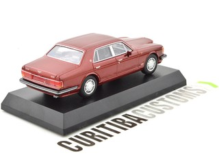 Kyosho 1:64 Bentley Turbo R - Red - buy online