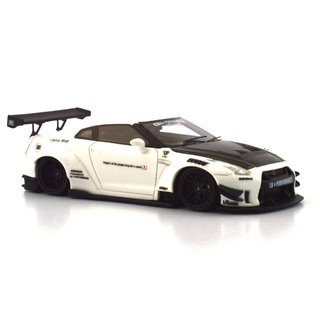 PC Club 1:64 Nissan GT-R 2.0 LB?PERFORMANCE - Branco/Fibra de Carbono - Curitiba Customs