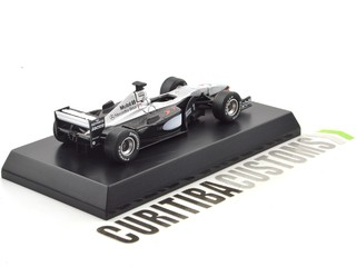 Kyosho 1:64 McLaren F1 MP4-15 #1 M. Hakkinen (2000) - Curitiba Customs