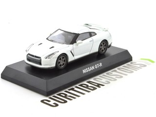 Kyosho 1:64 Nissan GT-R - White