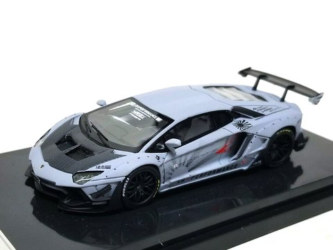 JEC 1:64 LB Performance Lamborghini LP700-4 Aventador 2.0 Wide Body - Cinza Fosco