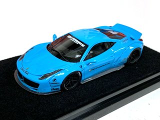 Timothy & Pierre 1:64 Ferrari 458 Ducktail Azul Claro