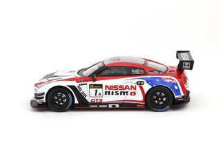 PRÉ VENDA Tarmac 1:64 Nissan GT-R Nismo GT3 Bathurst 12H 2016 2nd Place on internet