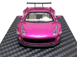 PRÉ VENDA MCE Resina 1:64 Ferrari 458 LB Performance Flash Pink