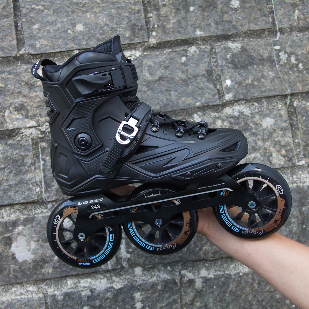 Patins IS Urban com base Speed e rodas Cityrun 110mm