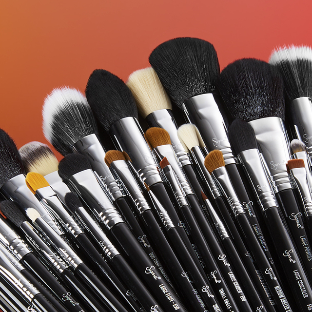 SIGMA - COMPLETE KIT 29 BRUSH SET CHROME en internet