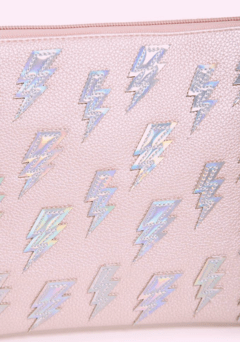 FOREVER 21 - Pebbled Iridescent Bolt Clutch - comprar online
