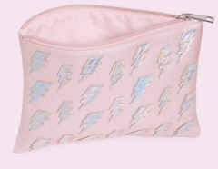 FOREVER 21 - Pebbled Iridescent Bolt Clutch en internet
