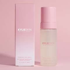 KYLIE SKIN by KYLIE JENNER - FOAMING FACE WASH