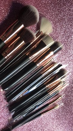 Imagen de DOCOLOR - 15 Pieces Rose Gold Makeup Brushes Set - DC1501 .