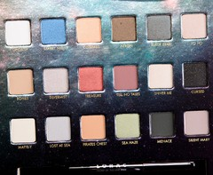 LORAC - PIRATES OF THE CARIBBEAN EYESHADOW PALETTE