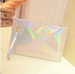 HOLOGRAPHIC MAKE UP BAG / CLUTCH en internet