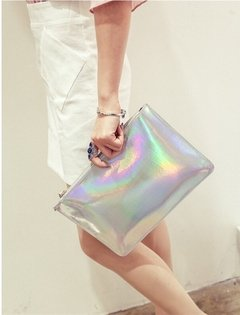HOLOGRAPHIC MAKE UP BAG / CLUTCH - comprar online