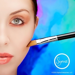 SIGMA F61 - ANGLED CREAM CONTOUR BRUSH - Vanity Shop