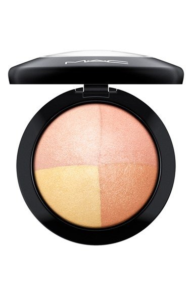 MAC MINERALIZE SKINFINISH FAINTLY FABULOUS HIGHLIGHTER - Vanity Shop