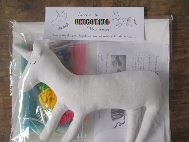 Set para decorar tu UNICORNIO en internet
