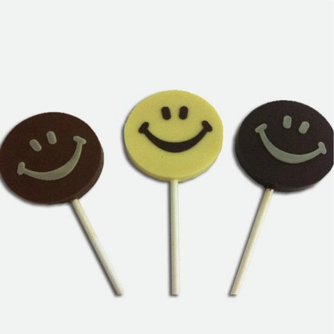 20 Caritas SMILE de chocolate