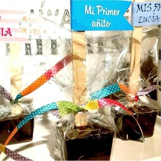 souvenirs de chocolate. Chocolates personalizados. Choco sticks