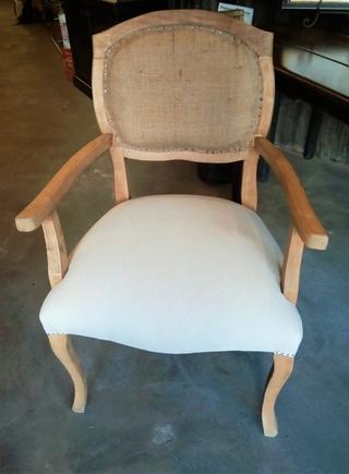 silla colonial con brazo