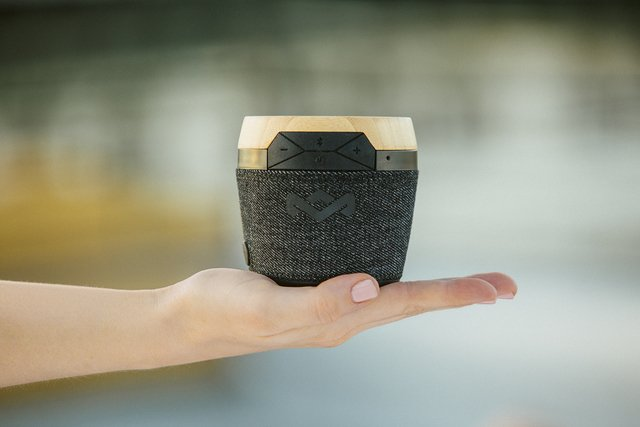 Parlante Bluetooth Chant Mini PALM - House Of Marley - Chilly Design