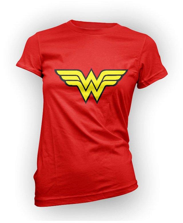 601 Wonder Woman - Playera Mujer - Comprar en Karzov da24fa423a562