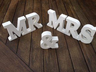 Letras en madera Mr. & Mrs.