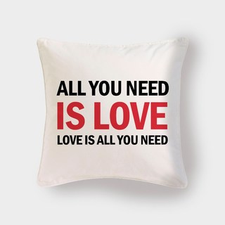 Cojín Love is All you need - Pilou - comprar online