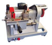 MAQUINA COPIAR CHAVE GOLD NR30-B 110 V IS07004