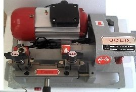 MAQUINA COPIAR CHAVE GOLD NR 02 220V 2L IS07X006