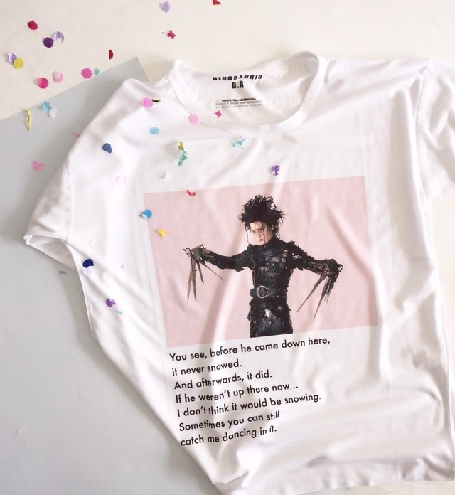 Remera Edward en internet