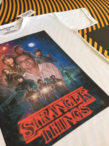Remera Stranger things - Dinosaurio