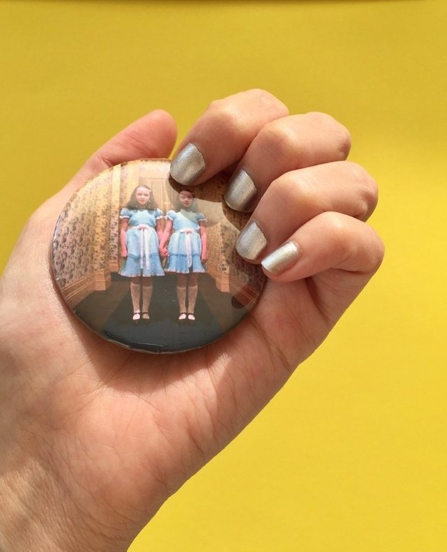 The shining twins pin - comprar online
