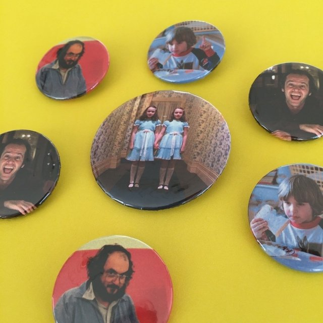 The shining twins pin en internet