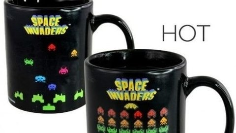 Taza SPACE INVADERS sensible al calor en internet