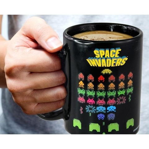 Taza SPACE INVADERS sensible al calor