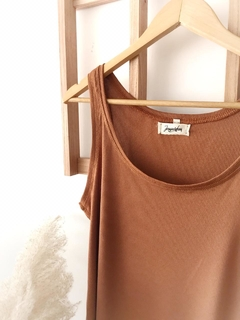Musculosa Morley Chocolate en internet