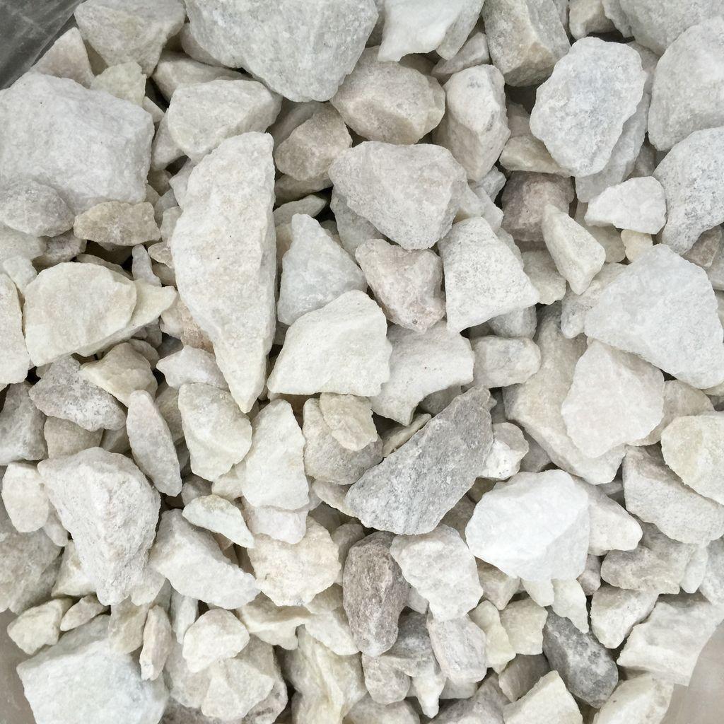 Piedra m rmol granito blanco partido bambuguazu for Piedra marmol blanca