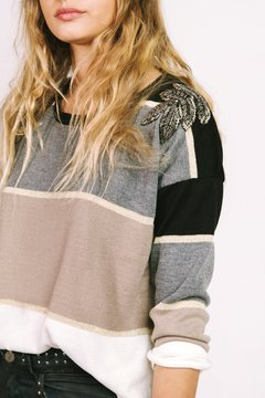 Sweater Four Seasons en internet