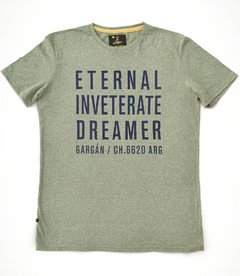 Remera Eternal Oliva en internet