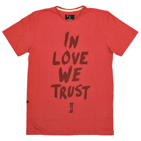 Remera In Love We Trust