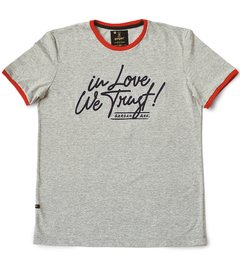 Remera In Love We Trust!