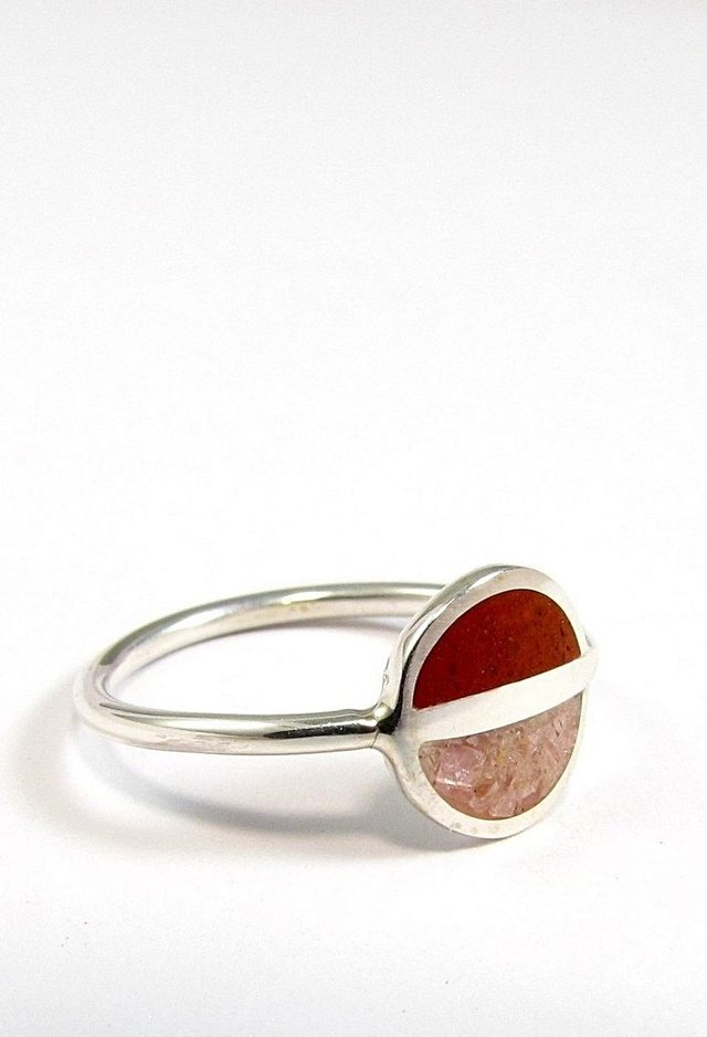Saturn, Minimalist Ring, Sterling Silver Minimal Ring, Modern, Pink and Red, Contemporary Jewelry - Tienda Online de Maldonado Joyas