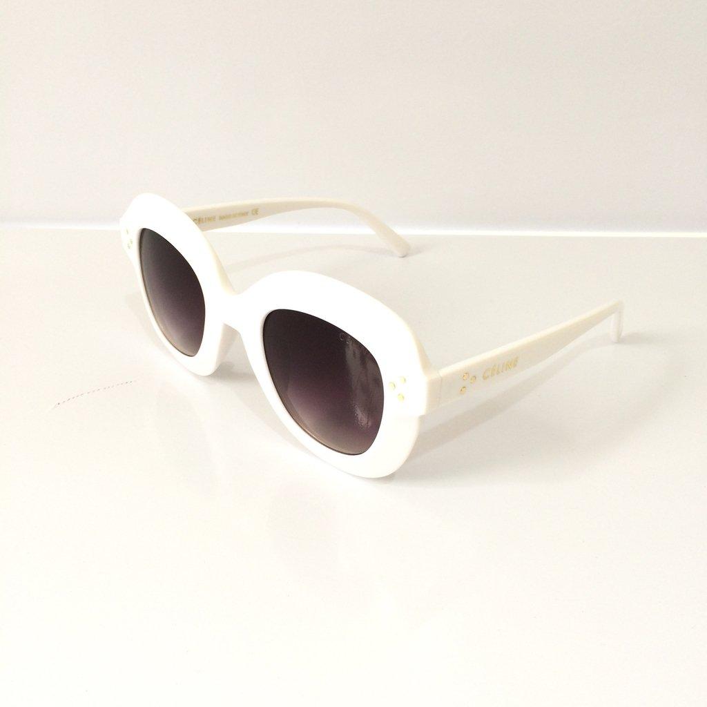 387eb93e68153 Óculos de Sol Céline Lolla - LOVE MONEY - Óculos de Sol e Relógios
