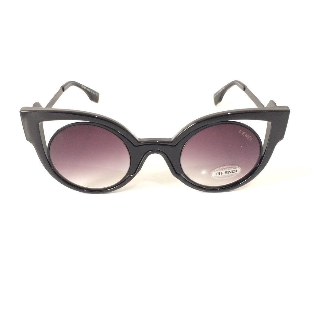 8a31e8f7ec6e3 Óculos de Sol Fendi Paradeyes Degradê - buy online